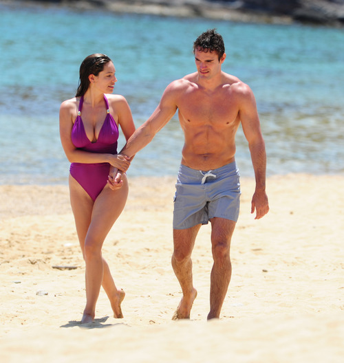 Kelly Brook in purple swimsuit on holiday (9)