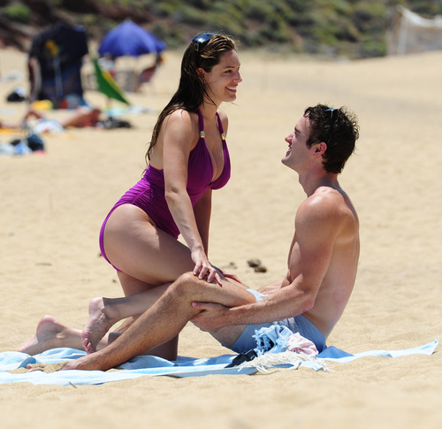 Kelly Brook in purple swimsuit on holiday (30)