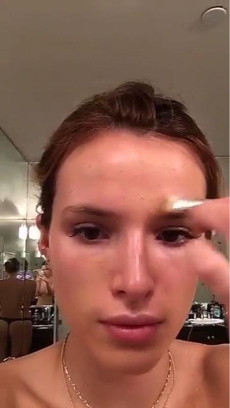 Bella Thorne - Snapchat pic + gif 04/25/16