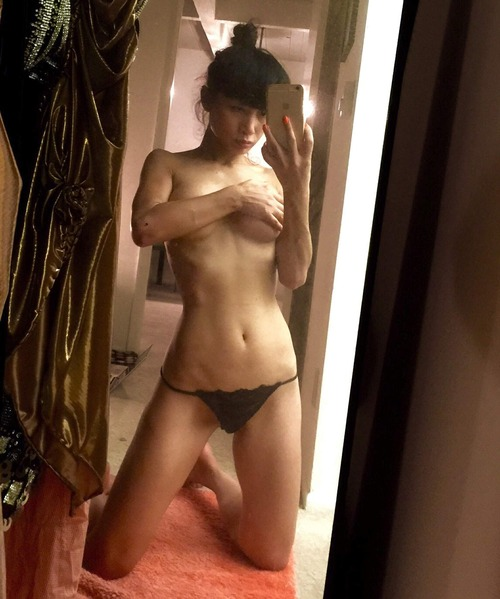 Bai Ling Naked Selfies Private Location (31)