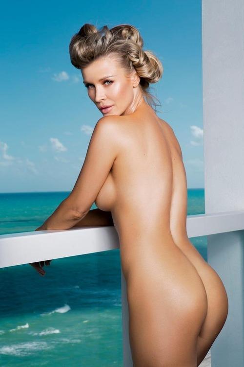 Joanna-Krupa-Naked-9
