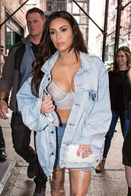 Kim Kardashian in NYC 1