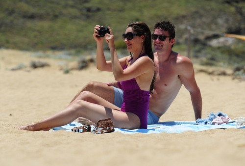 Kelly Brook in purple swimsuit on holiday (16)