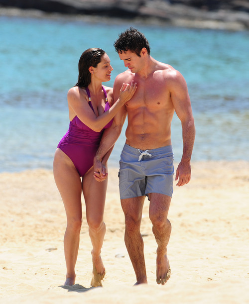 Kelly Brook in purple swimsuit on holiday (10)
