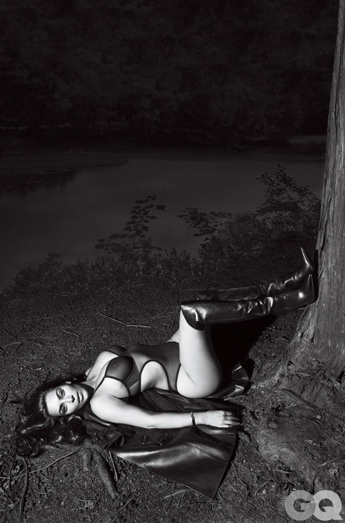 Kim Kardashian Naked for GQ (1)