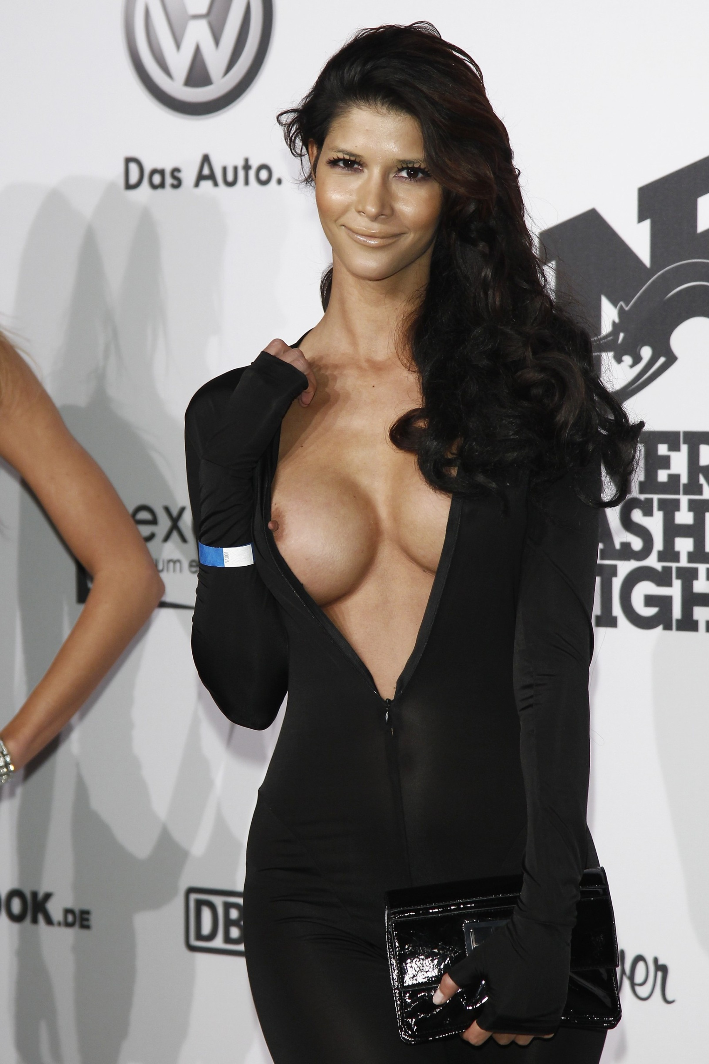 Celebrity nipple slipoff pictures