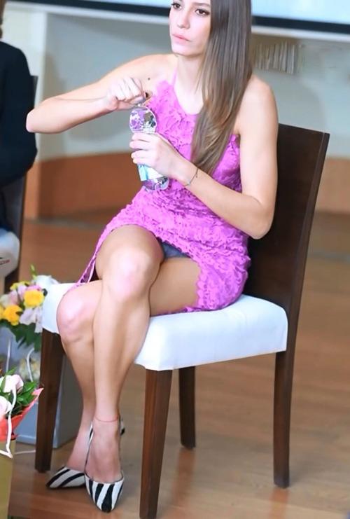 Serenay Sarikaya (4)
