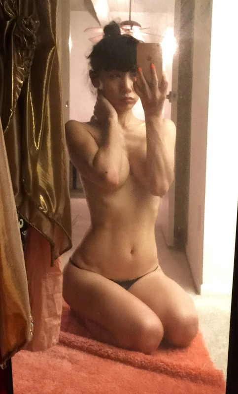 Bai Ling Naked Selfies Private Location (26)