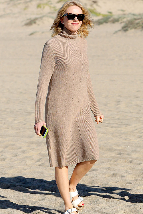 Naomi-Watts-Panty-Peek-While-Filming-A-Commercial-In-Malibu-09