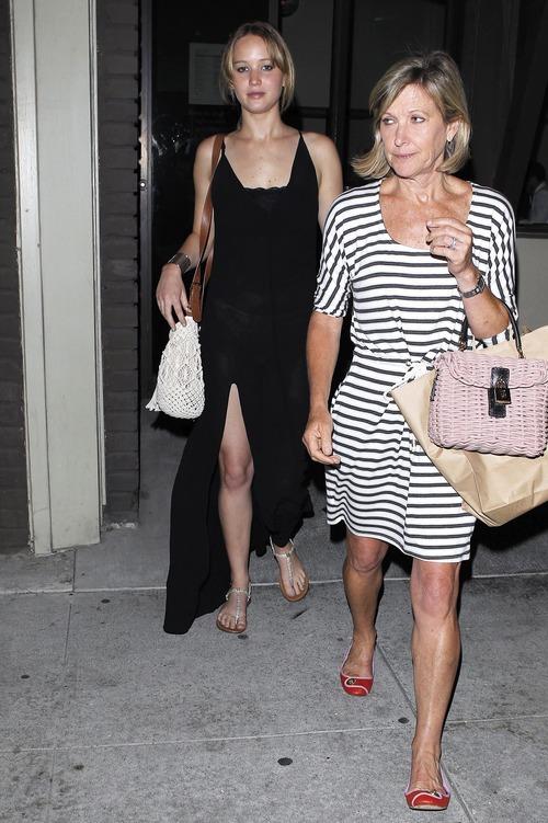 Jennifer Lawrence - see-thru dress at dinner b02