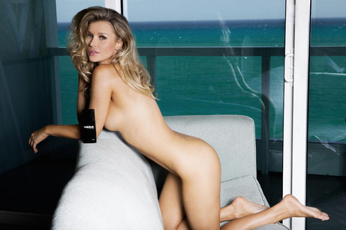 Joanna-Krupa-Naked-2