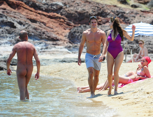 Kelly Brook in purple swimsuit on holiday (19)