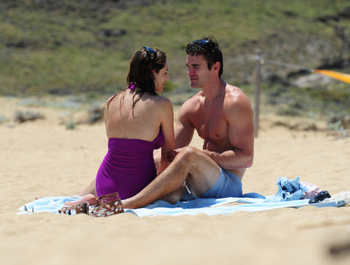 Kelly Brook in purple swimsuit on holiday (25)