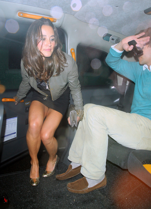 Pippa Middleton outside a nightclub in London (4)