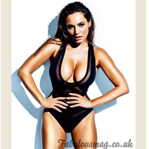 Kelly Brook - Fabulous Magazine April 2015 (6)