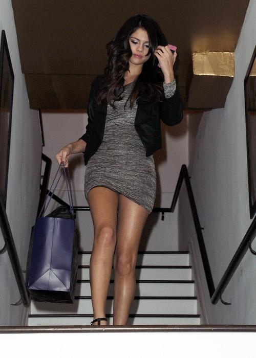 Selena Gomez - upskirt leaving a salon (2)