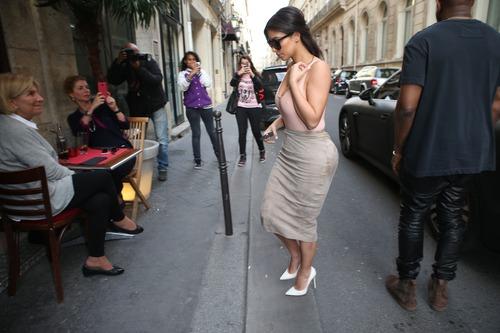 xnews2 Kim Kardashian 04