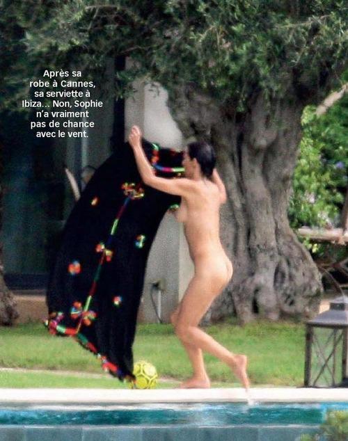 Sophie_Marceau-Voici_Magazine-August_2015_06