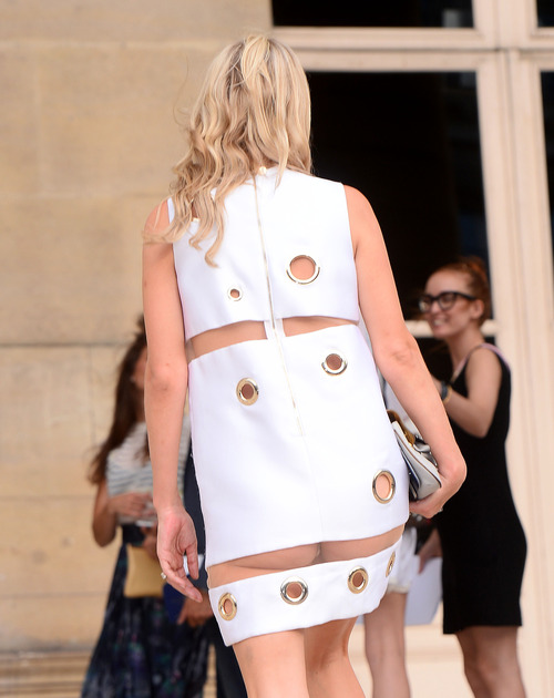 Nicky Hilton Upskirt Paris Fashion Week (17)