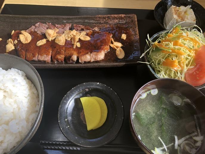 【お食事処 あしび 郡山店】ビーフステーキ定食