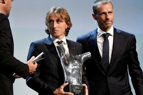 【サッカー】<バカげている!> C・ロナウド代理人のジョルジュ・メンデス氏、欧州最優秀選手に選ばれたのがモドリッチで大激怒!
