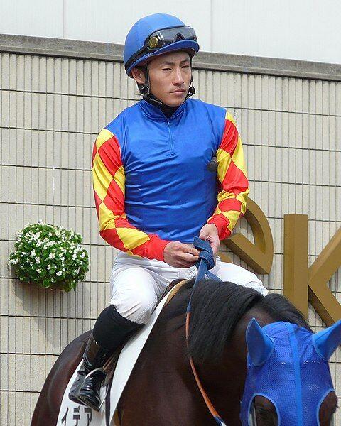 480px-Hayato-Yoshida(Jockey)20101024