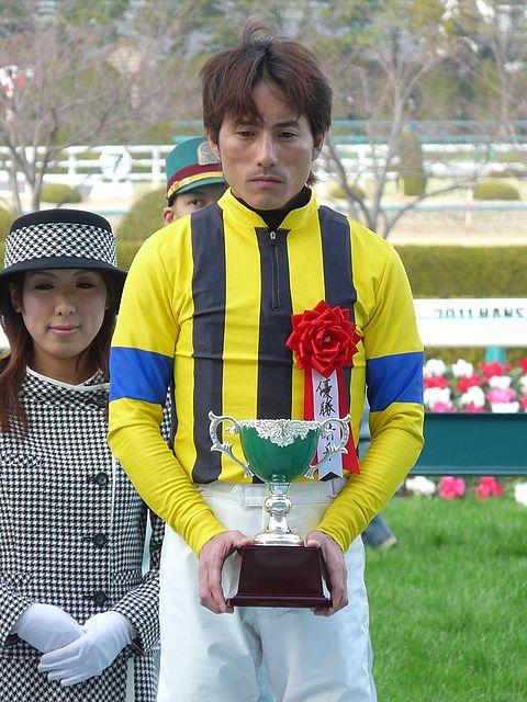 480px-Yutaka-Yoshida(Jockey)20110227