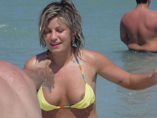 【激写!】ヌーディストビーチで見るチクビより通常ビーチでポロの決定的瞬間を捉えたチクビの方が興奮する説立証スレ。(画像多量) 表紙