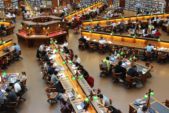 library-1400313_1920