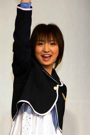 20101110篠田麻里子39