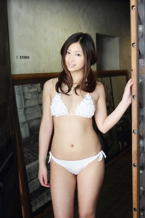 20111220佐山彩香180