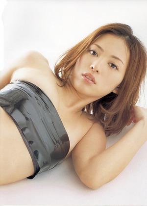 201200620岩佐真悠子59