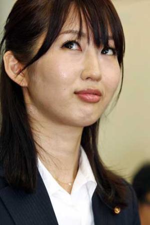 201200620立川明日香8