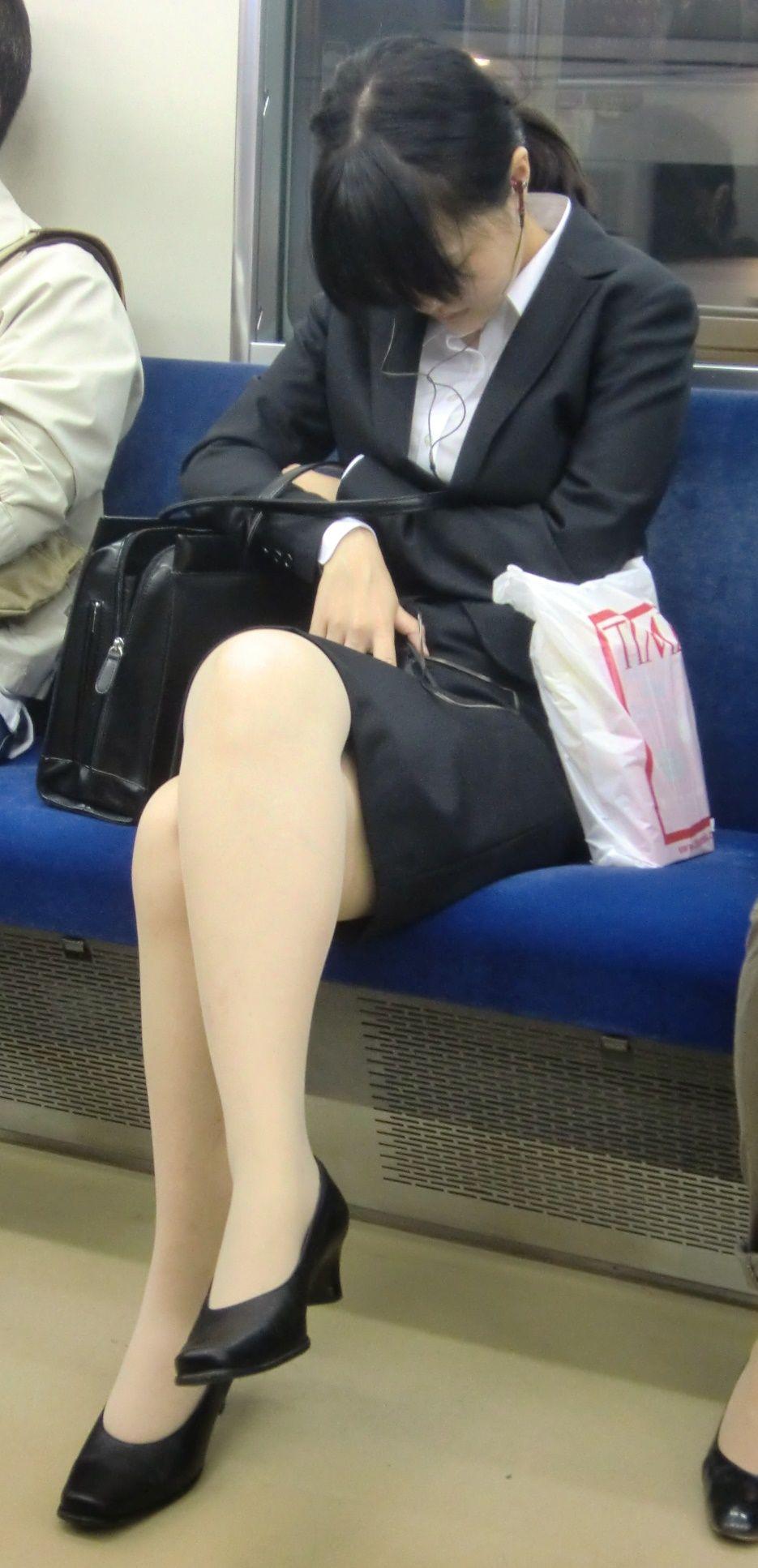 OLのスーツ・制服に萌えるスレPart23(チョンOK) [転載禁止]©bbspink.comYouTube動画>24本 ->画像>2643枚