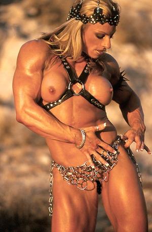 筋肉ムキムキ女性のエロ画像下さい(91枚)