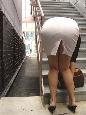 街撮りタイトスカート0015