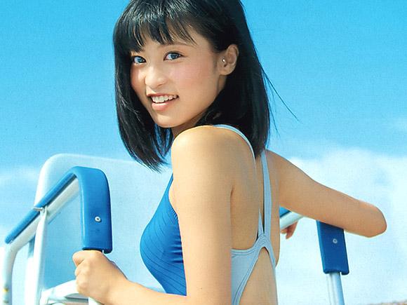 【こじるり】小島瑠璃子の競泳水着姿が可愛すぎ&抜けすぎ注意!!画像10枚