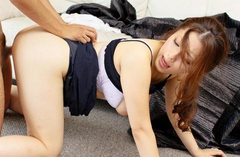 着衣セックス画像006