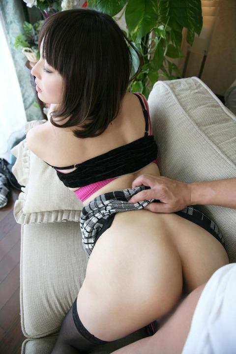 着衣セックス画像002