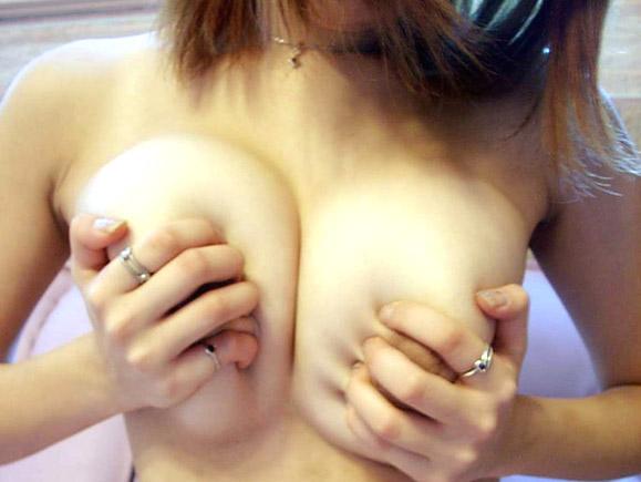 【画像】女の子のおっぱいもみたい!!