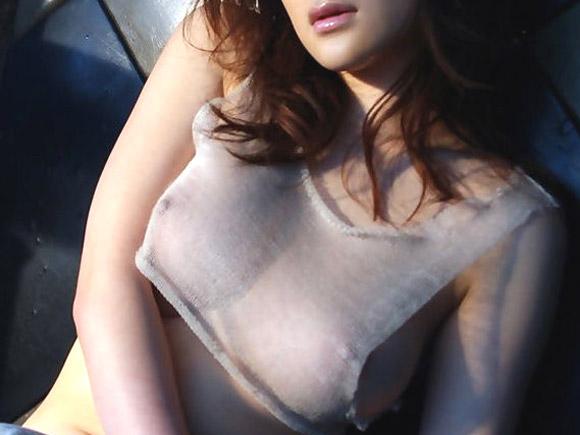 【画像】あのアイドルや女優の乳首も丸見え!!透け透けシースルー画像