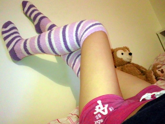 【靴下】ニーソックスフェチ画像【ふともも】