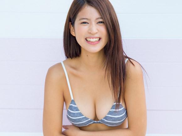 期待の美少女!!西崎莉麻(20)のエロ画像