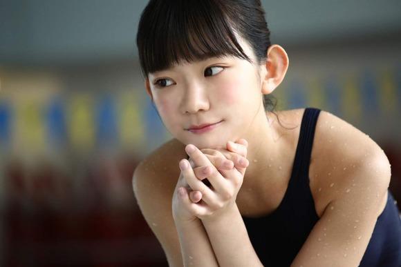 長澤茉里奈の水着画像006