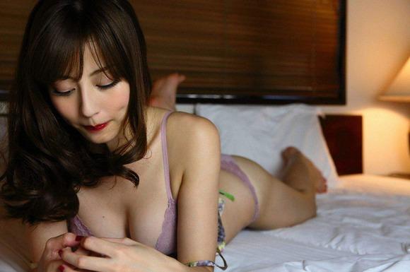 杉本有美の下着姿グラビア画像007