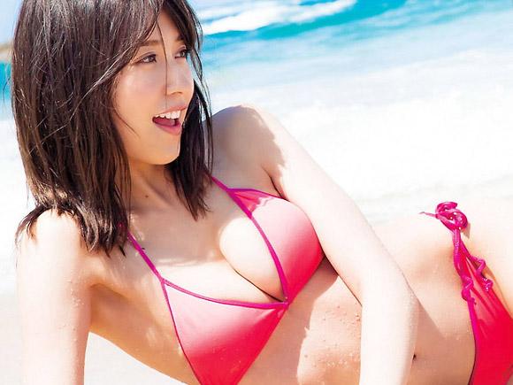 乃木坂46最高の「お姉さん」衛藤美彩(24)が水着解禁。