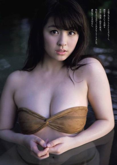 柳ゆり菜011