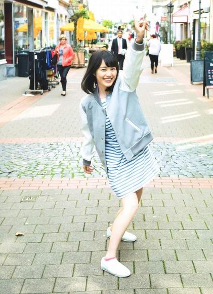 生田絵梨花のグラビア画像017