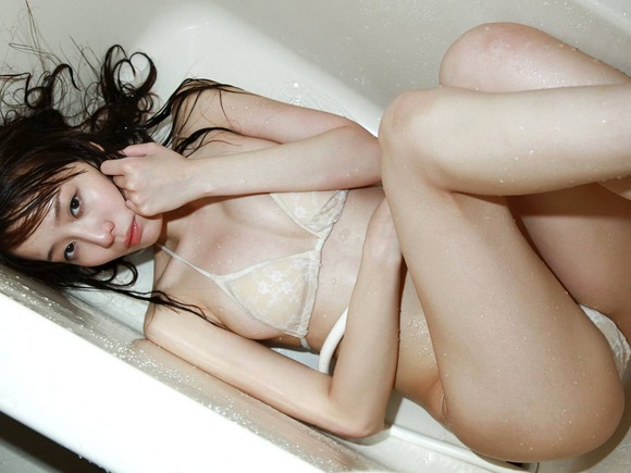 綱島恵里香045