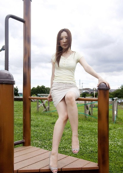 beautiful_slender_leg019